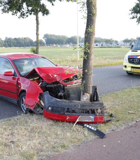 Inzittenden komen goed weg na botsing in Roosendaal