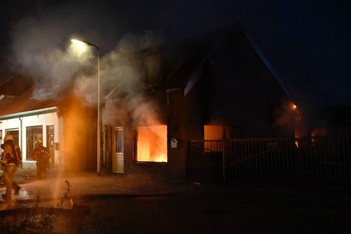 Een flinke woningbrand in Almelo