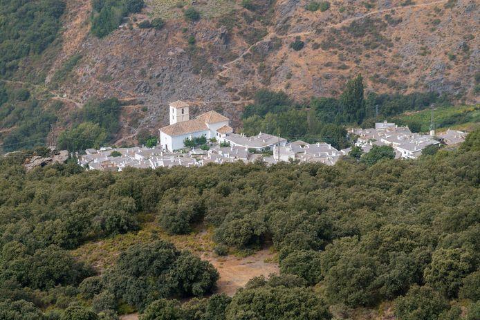 Bubion ligt in een bergachtig gebied in de Sierra Nevada.