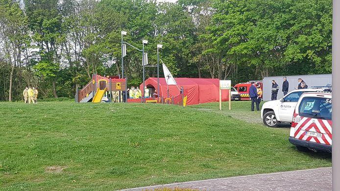 De vluchtelingen werden initieel opgevangen in een tent.