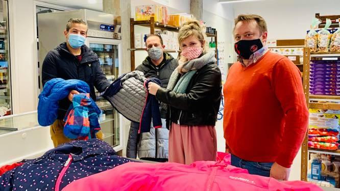 Inzamelactie levert 300 winterjasjes op voor gezinnen die het moeilijk hebben in Oudenaarde en Wortegem-Petegem