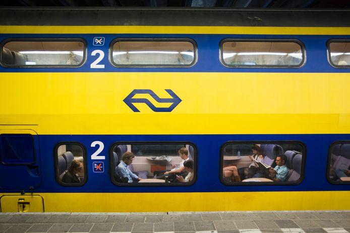 Reizigers op Station Utrecht.