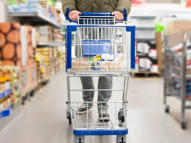 Vrouw (18) verzint gijzeling door loverboy en wordt ontmaskerd in de supermarkt