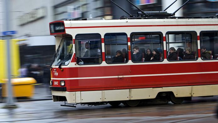 Verfwinkel Den Haag : Tramchauffeur zwaar mishandeld met verf den haag ad.nl