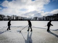 De ijzers kunnen onder: deze ijsbanen in Hof van Twente zijn open