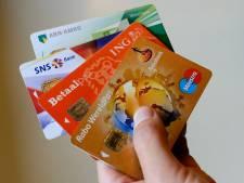 Bankpasfraudeurs actief in Gorinchem: 'Ouderen worden op slinkse wijze beroofd'
