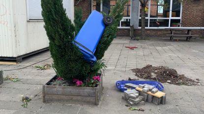 """Vandalen toveren speelplaats van kleuterschool om in slagveld: """"Het ging wellicht om jongeren"""""""