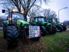 Boeren trekken weer naar Den Bosch om te protesteren, behoorlijk wat politie bij Provinciehuis
