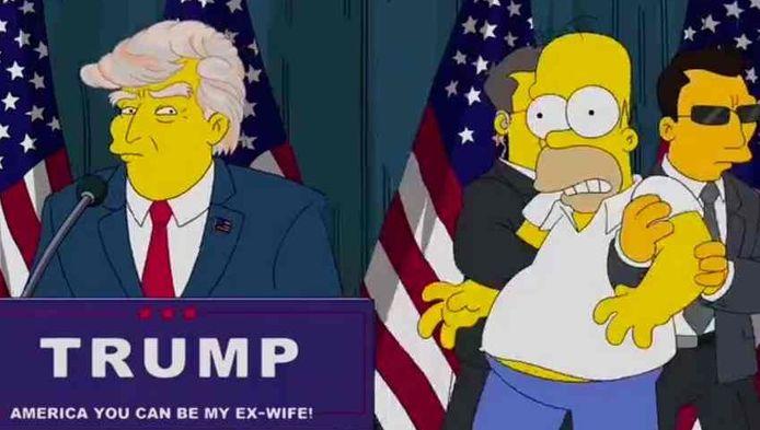 Homer wordt weggesleurd tijdens een campagnebijeenkomst van Donald Trump in een apart animatiefilmpje dat in juli vorig jaar werd uitgebracht.