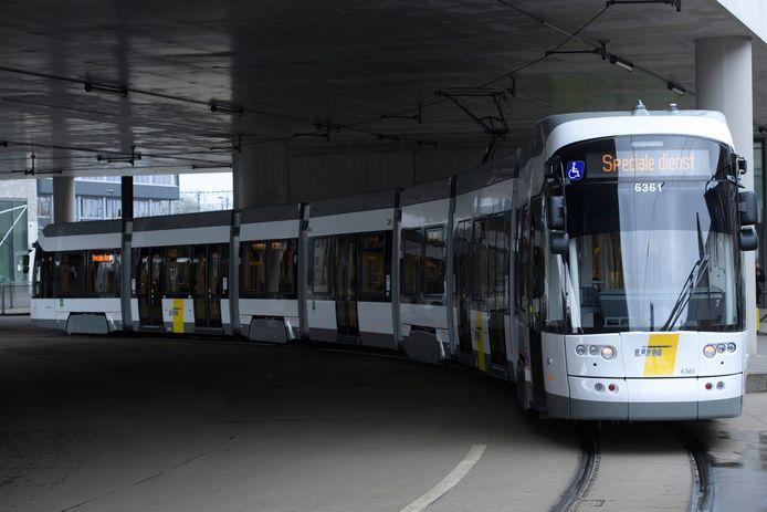 De nieuwe Albatros-tram werd enkele jaren geleden nog met veel persaandacht voorgesteld aan het publiek.