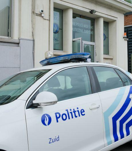 Une milice populaire fait la chasse aux vendeurs à la sauvette à Anderlecht