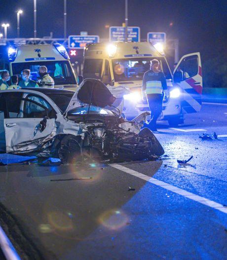 Man uit Capelle (54) komt om bij ongeval op A20 bij Schiedam