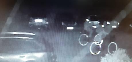 Wie kent de vandalen die in Putten een spoor van vernielde autospiegels achterlieten?