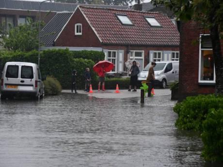 Cor uit Meliskerke wordt moedeloos van de  wateroverlast. 'Nu begint het ook al in de zomer'