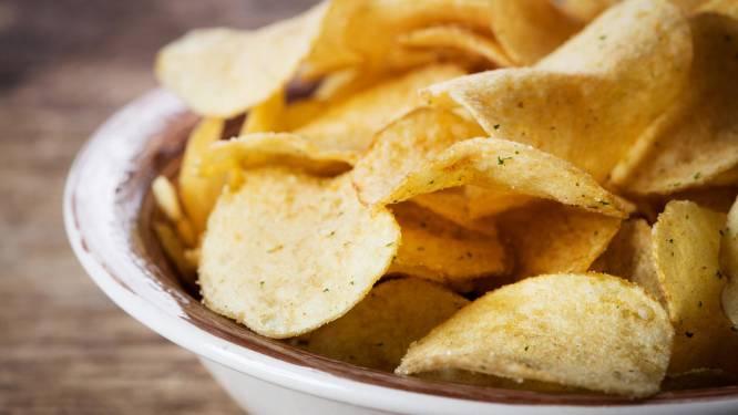 Zijn je chips niet meer krokant? Steek ze in de oven!