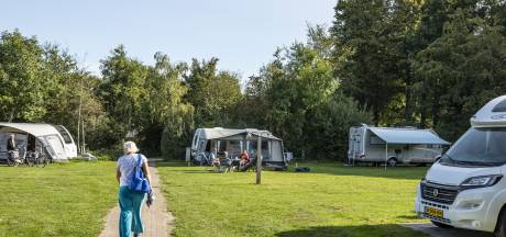 Volle kampeerplaatsen kunnen coronaverliezen nog goedmaken voor Twentse campings: 'Jaar van uitersten'