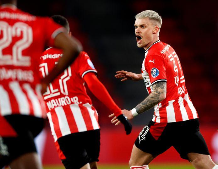 Philipp Max scoorde eerder dit seizoen tegen AZ, maar desondanks verloor PSV met 1-3.