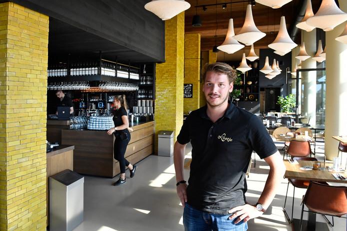Assistent-bedrijfsleider Pieter Lenting van Loetje.
