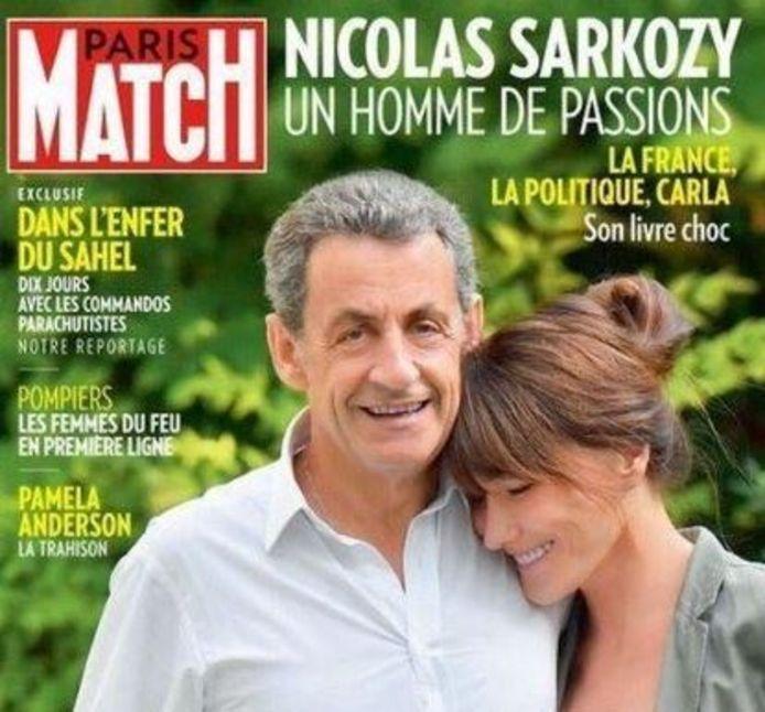 Nicolas Sarkozy et Carla Bruni en Une de Paris-Match