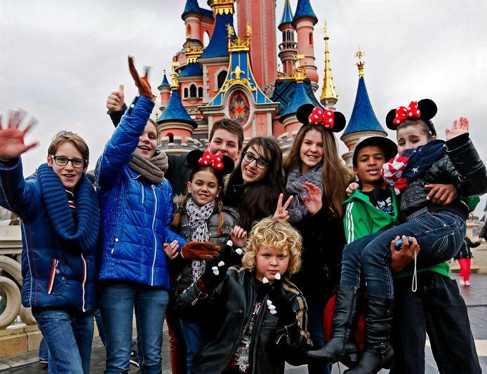 De Voice Kids bezoeken Disneyland Parijs. FOTO: Pim Ras