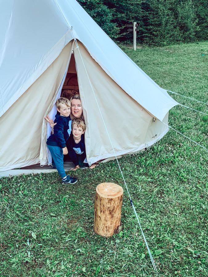 Alleen maar blije gezichten na ons nachtje buitengewoon kamperen.