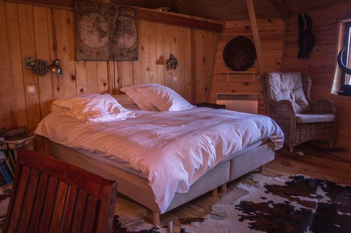 En hiver, quel plaisir de se lover dans les draps bien moelleux du lit king size.