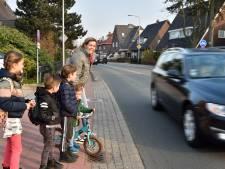 Drukke weg aangepakt, maar veilige oversteek komt er niet in Oudewater: 'Je houdt je hart vast'