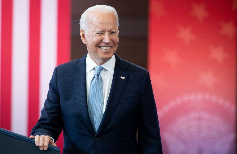 In een toespraak noemde de Amerikaanse president Joe Biden dinsdag de hindernissen die worden opgeworpen om te gaan stemmen 'onamerikaans'.  Beeld AFP