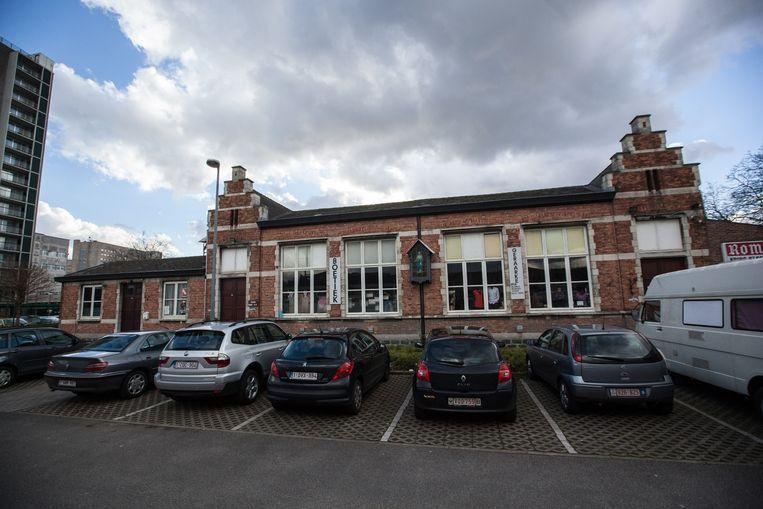 Het Sint-Gerardusschooltje in de wijk Ottergemse Dries dreigt afgebroken te worden.