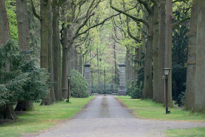 Eindhoven - start opbouw Wielewaal Invites