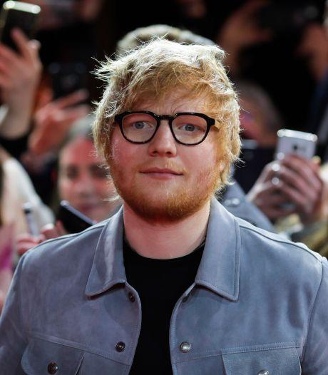 Ed Sheeran onthult details over zijn bescheiden huwelijk: 'We trouwden 's nachts'