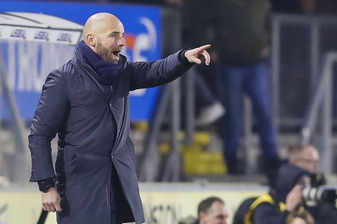 NAC-trainer Mitchell van der Gaag hoeft voorlopig niet op nieuwe versterkingen uit Manchester te rekenen.
