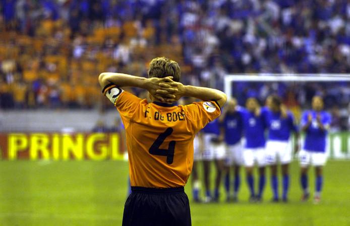 Frank de Boer heeft wéér gemist tegen Italië, nu in de strafschoppenreeks.
