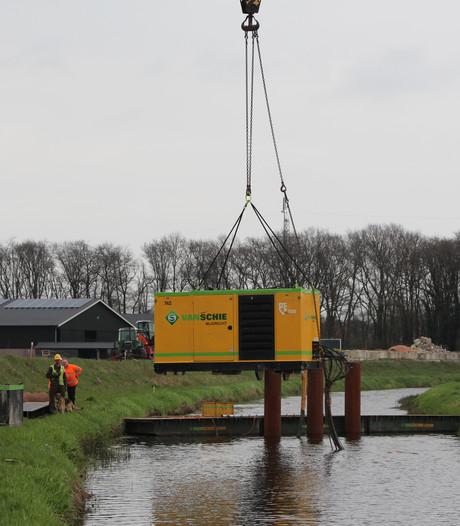 Nieuwe brug over Buurserbeek bij Rietmolen voor nieuwe N18