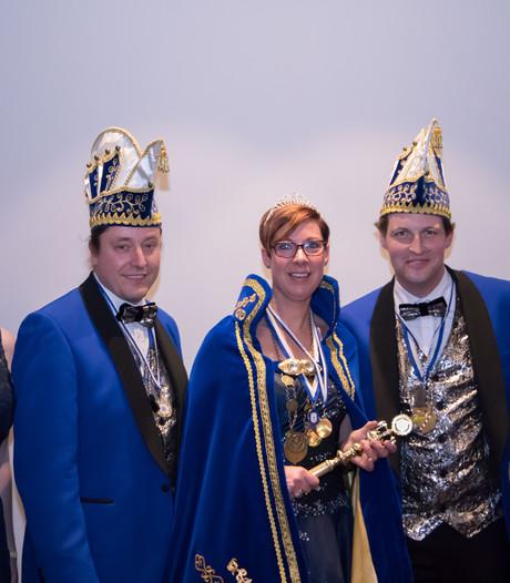 Carnavalsprinsessen populair in Maas en Waal