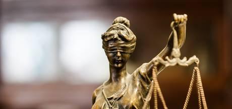 Officier eist twee jaar cel en tbs tegen man die seksueel contact had met meerdere jongens