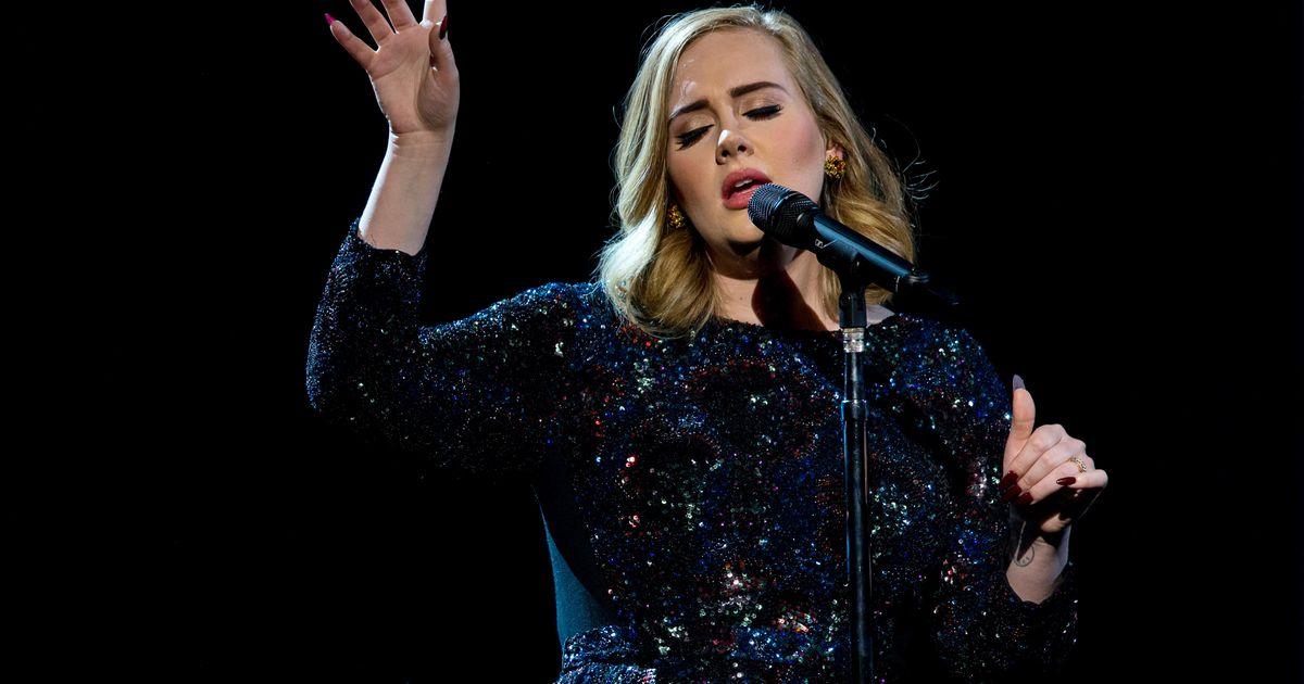 Adele Vergeet Haar Songtekst En Haar Reactie Is Geweldig
