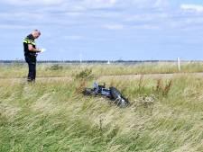 Frontale botsing bij Ketelmeer, motorrijder zwaargewond
