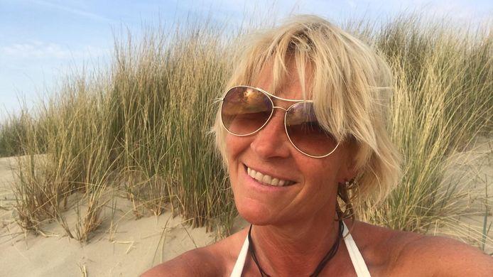 Martine Wakkee heeft wereldwijd heel wat stranden gezien, maar schaart haar eigen duinpannetje bij Ellemeet absoluut onder de toppers.