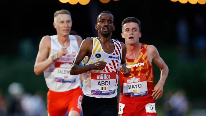 """Bashir Abdi duikt onder persoonlijk record op halve marathon en strandt op twaalf seconden van BR: """"Veelbelovend voor Tokio"""""""