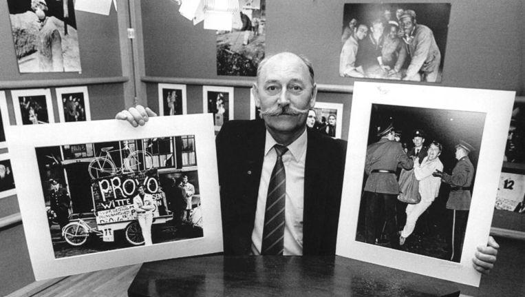 Cor Jaring (1936-2013) tijdens een veiling in 1987 Beeld anp