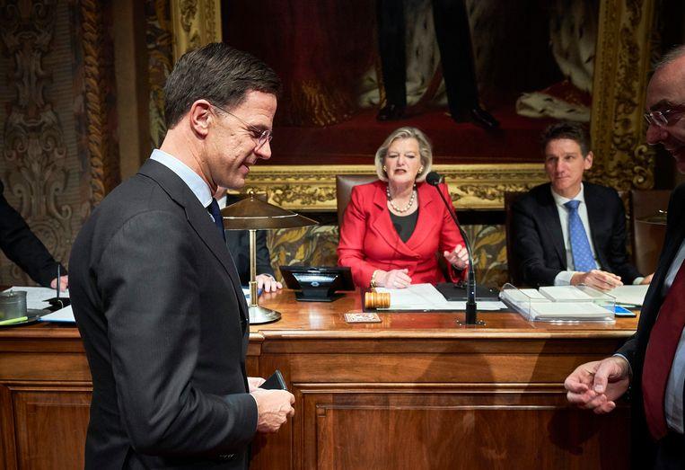 Voorzitter Ankie Broekers-Knol van de Eerste Kamer en premier Mark Rutte bij de Algemene Politieke Beschouwingen in de senaat. Beeld Hollandse Hoogte / Phil Nijhuis