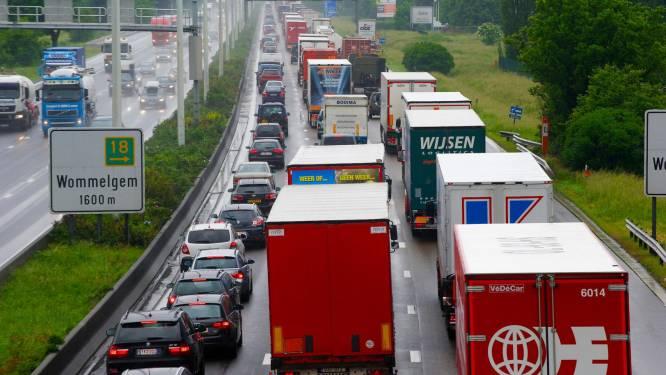 E313 vrijgemaakt richting Antwerpen na ongeval in Herentals-West