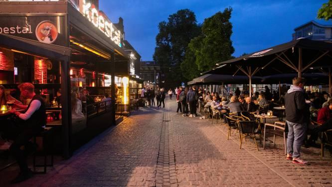 """Hasselt verbiedt glazen drankflessen op Kolonel Dusartplein: """"We willen niet de Gentse Overpoort worden"""""""