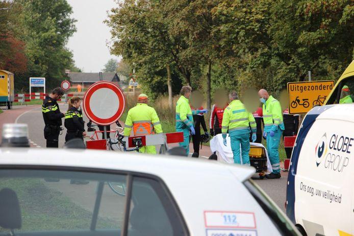 De wielrenner kwam ten val op de Lamerskamp bij Gendringen en raakte gewond.