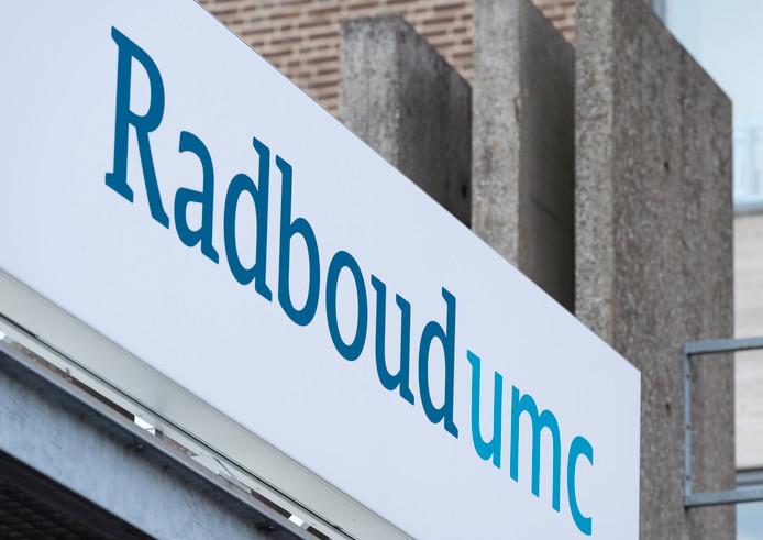 Exterieur van het Radboudumc.