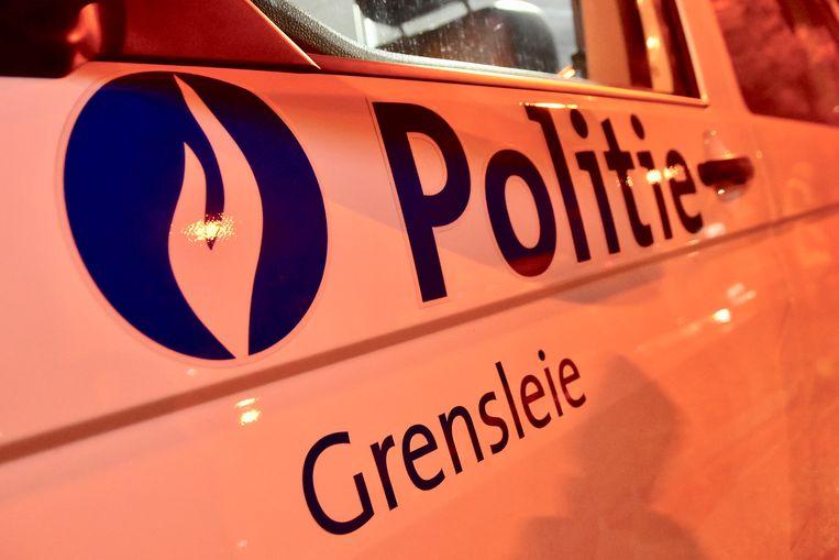 De politie van de zone Grensleie was snel ter plaatse maar de daders konden nipt ontkomen.