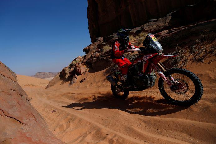 Kevin Benavides gaat aan de leiding in de Dakar Rally.