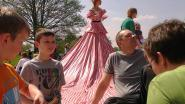 Van ruilpicknick tot poppenkast uit jaren 30:         Cultuurkaravaan slaat tenten op in Leeuwergem