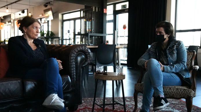 Gwenda Stevens in gesprek met Eline Vanduyver van Parts of Culture.